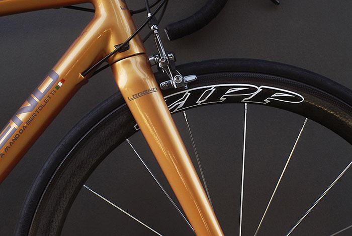 Zipp 303 wheelset in a Legend by Bertoletti custom carbon HT 9.5