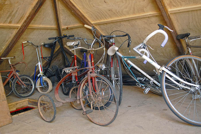 When I visitied James Macdonald in 2012 he was running out of room to store his ever expanding old bike collection. The roof space of his home had recently been converted for more bike storage and James was selling off some of his bicycle collection.