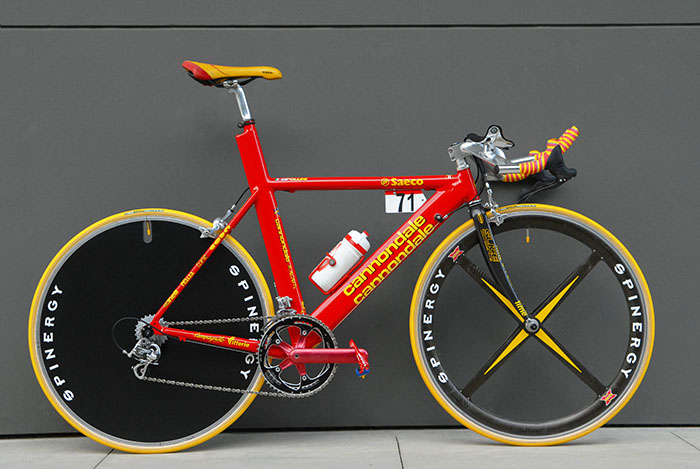 Custom CAAD series Cannonale Saeco team bike for Mario Cipollini, based on the CAAD 3 bikes and probably built in 1997. Complete custom geometry for team issue only.