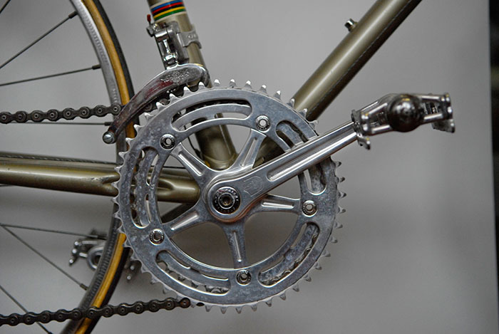 Custom crankset made by Campagnolo to honour Antonio Maspes. A production run of 1 only special set of cranks was made for this very special Masi bicycle.