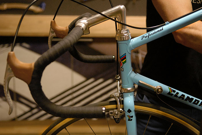 Geoff Scott built this custom 1980's style Australian road bike for the 2015 Pushies Galore show. Designed to represent the style of practical road bikes raced by Aussies who couldn't afford the latest and greatest foreign cycling components.