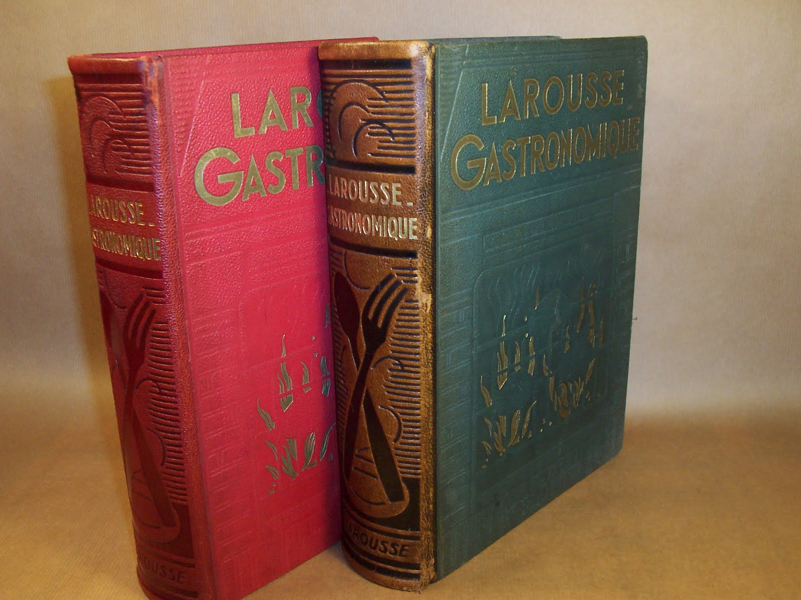 larousse 1938 001.jpg