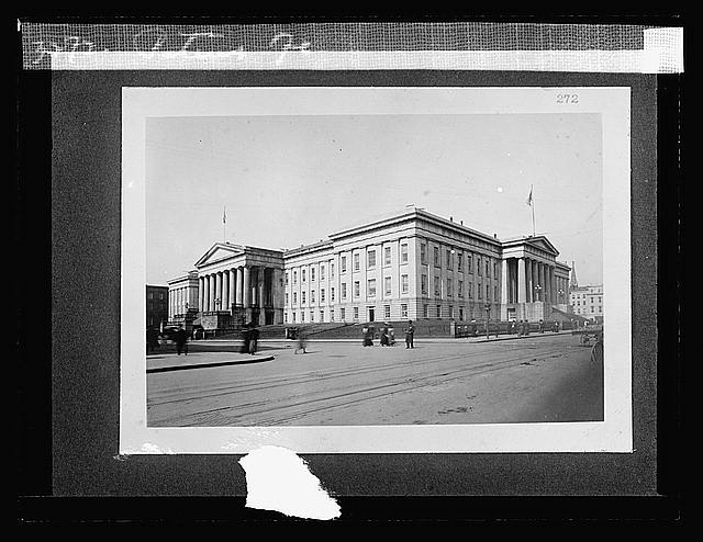 Patent Ofc. (between 1918 and 1920)Library of Congress, Prints & Photographs Division [reproduction number LC-DIG-npcc-00227]