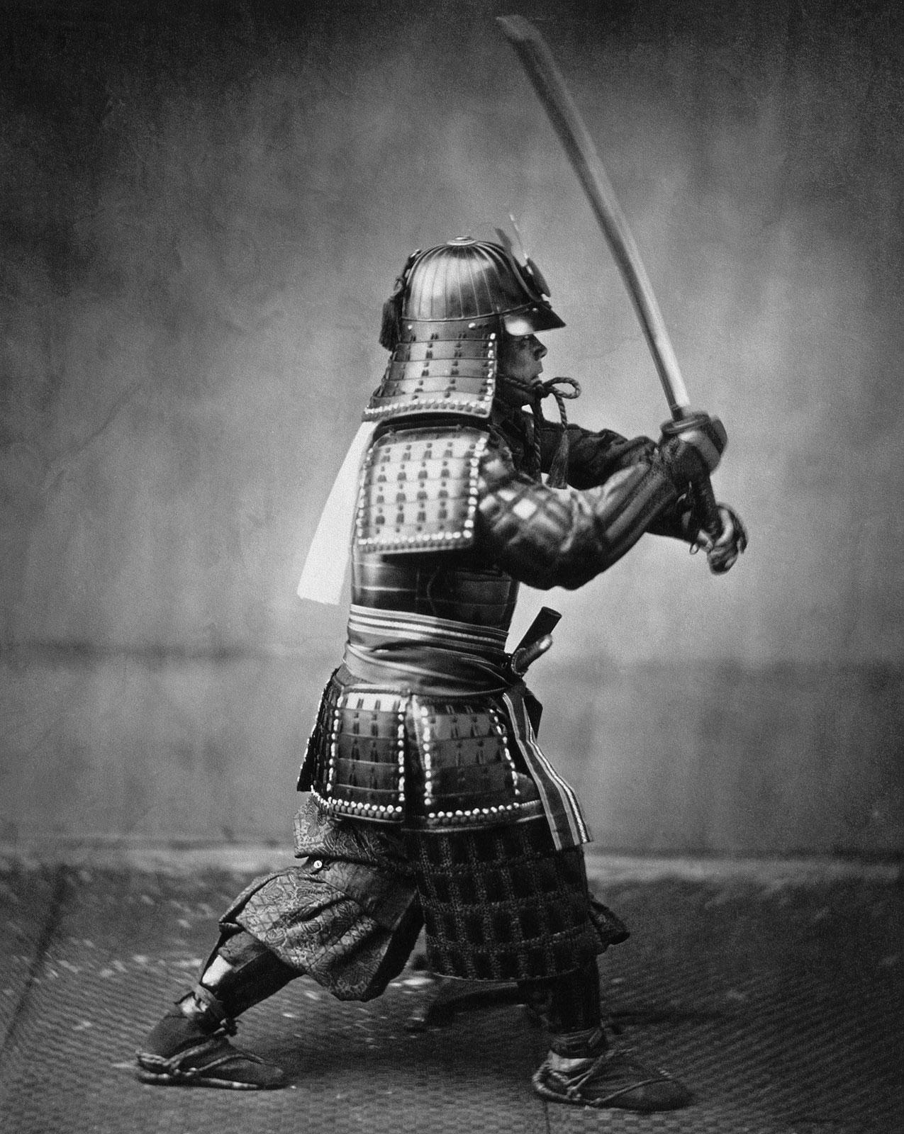 Armoured samurai with sword and dagger,Felice Beato (circa 1860)via Wikimedia Commons