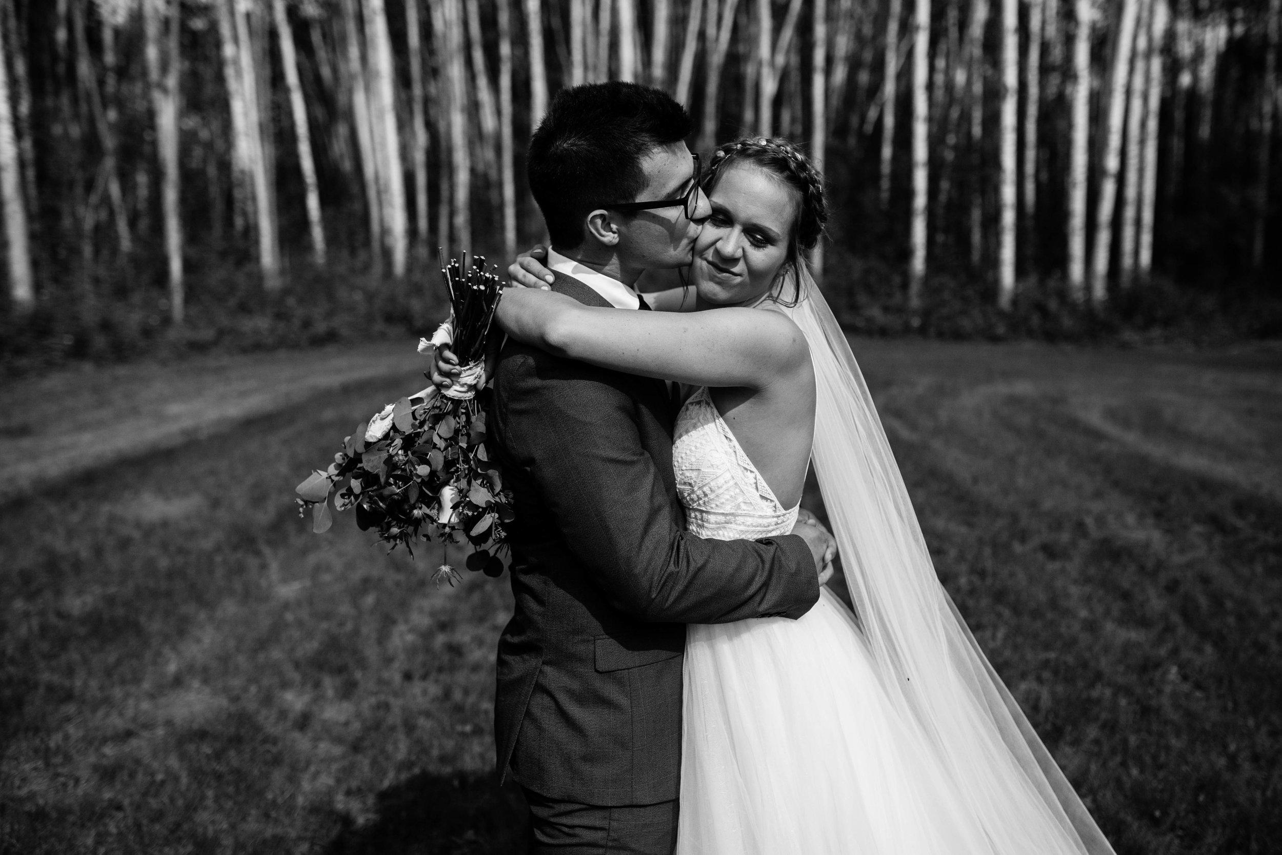 HJ Wedding-823.jpg