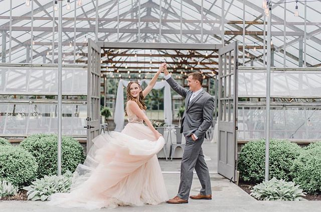 Oh, hello summer 🌸 - hosts/lead photographers: @victoriaisabelphotography @tristanreneephoto above photo: @monicaannphotography bride: @lizzybeaschler  venue: @jorgensenfarms #oakgrove florals + design: @thejoyenthusiast gown: @luxereduxbridal @lazarobridal runner + silks: @thistleandtwill @nettle_textiles calligraphy + stationary: @eden_and_vine @thecolumbuscalligrapher hair: @the__beautyfactory MUA: @hallimarie cakes + sweets design: @fromscratchcupcakes @flourishcakeco styling boards: @simplyrootedsurfaces rings: @calliejewlery ring boxes: @the_mrs_box shoes: @bellabelleshoes @sam_edelman skincare/sponsor: @skinfoodab