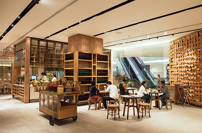 eat-thai-food-court-central-embassy-review-dooddot-2.jpg