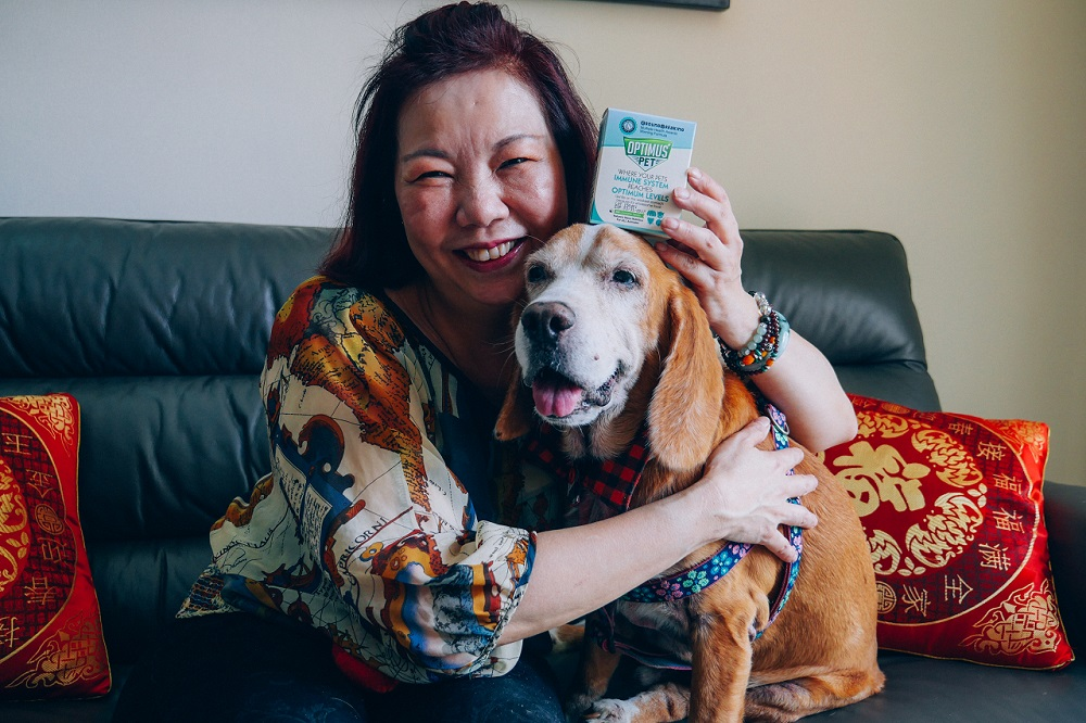 Susan & Speedo. Click here to watch video on Speedo's Paw to recovery!