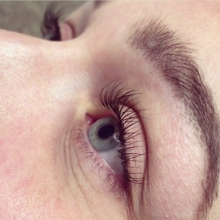 ClassicLash Extensions - - Longer, thicker lashes.- Extension applied to each individual lash.- Infills every 3-4 weeks.- Not suitable for use with mascara.- 1.5 to 2 hour treatment.