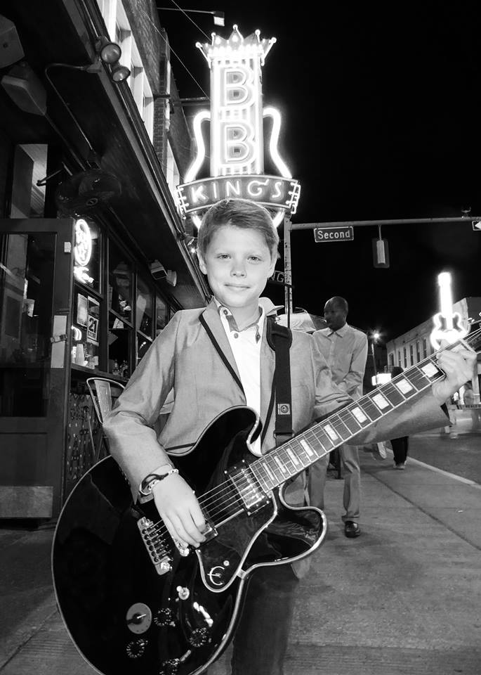 Check out Toby's performance at the blues Club at: https://www.facebook.com/tobyleeguitar/videos/428073334054722/