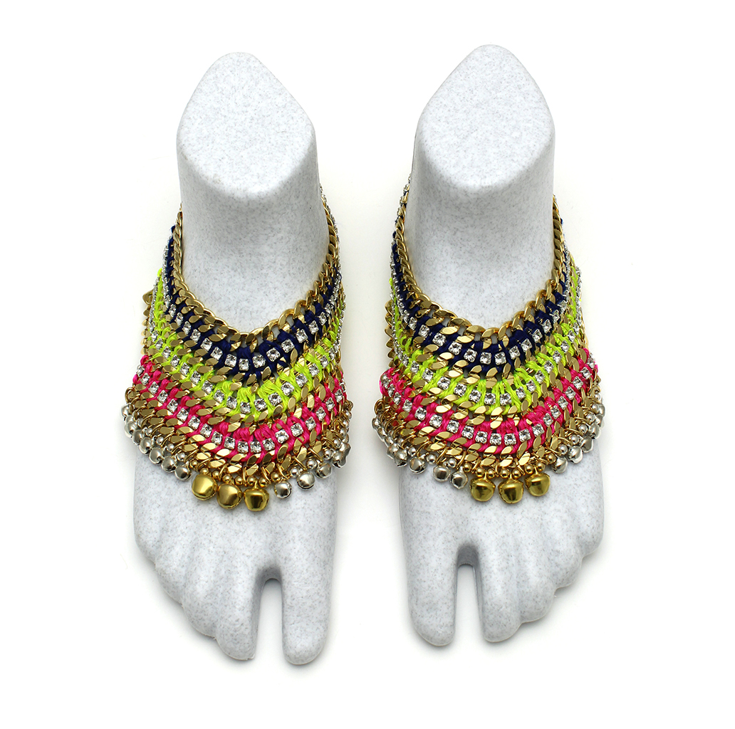 098T Crystal Technicolour V Foot Embellishment [2].jpg
