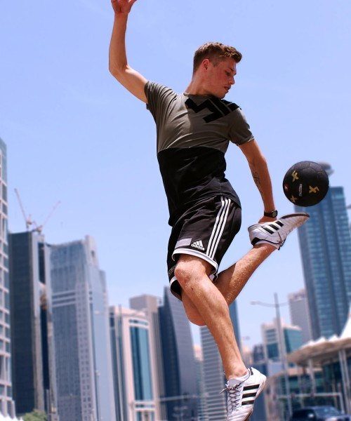 FOOTBALL-FREESTYLE-CHAMPIONS-IN-DUBLIN-MAX3.jpg