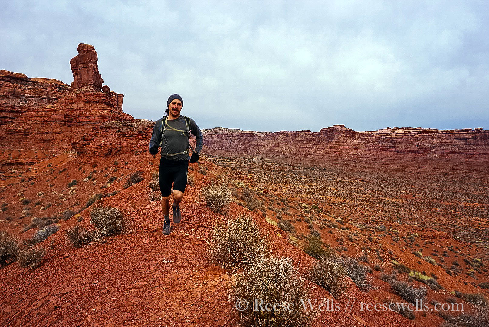 Running ridgelines in Valley of the Gods.