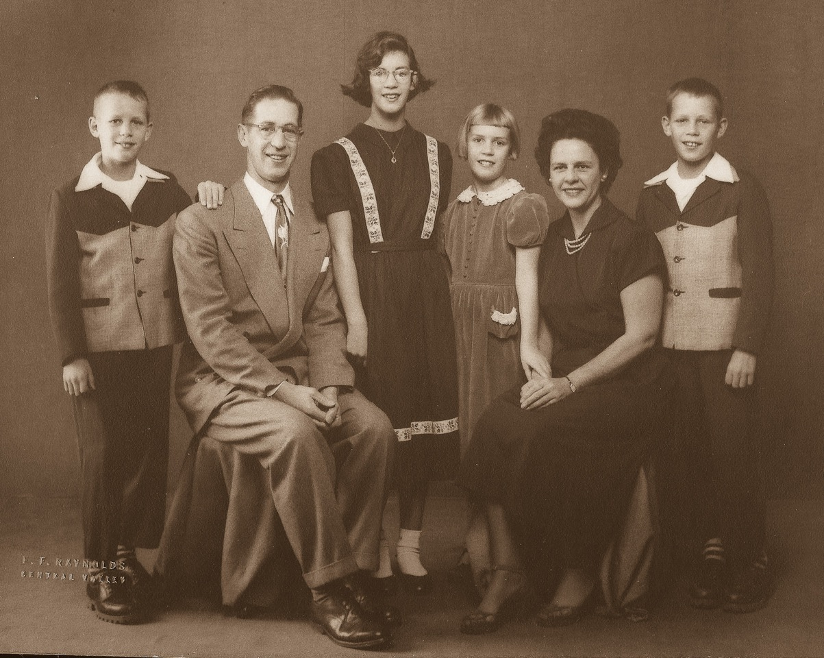 Robert, Dad, Robin, Valerie, Mom and Ross Burkhardt in the early 1950s.....around the time of this Family Gift Exchange.