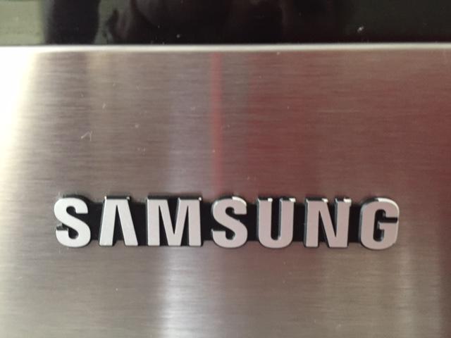 SamsungLOGO.JPG