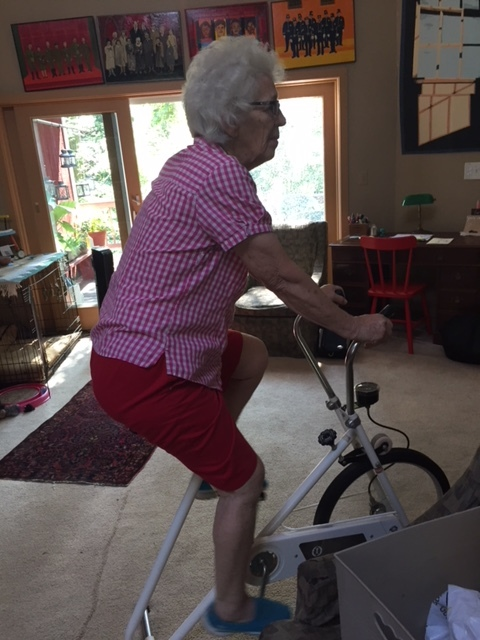 The oldest Hogan, sister Robin, getting in shape for the weekend.