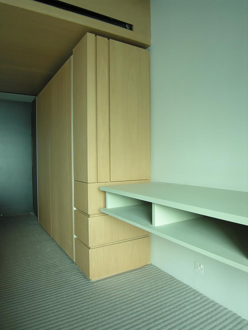 Bedroom- wardrobe 1 (high rev).jpg