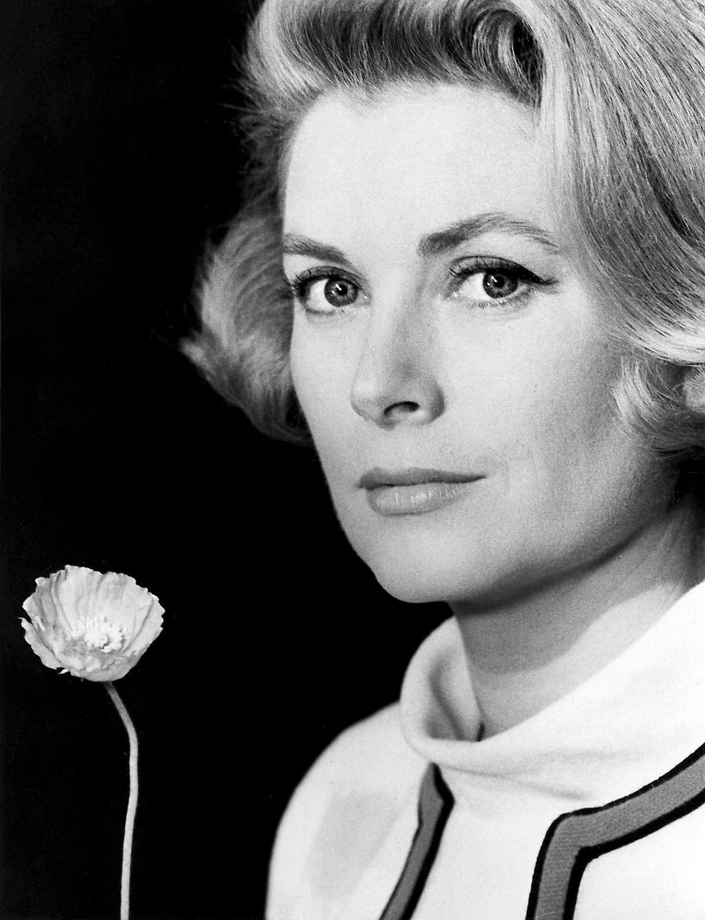 Grace Kelly, The Poppy is Also the Flower, 1965.jpg