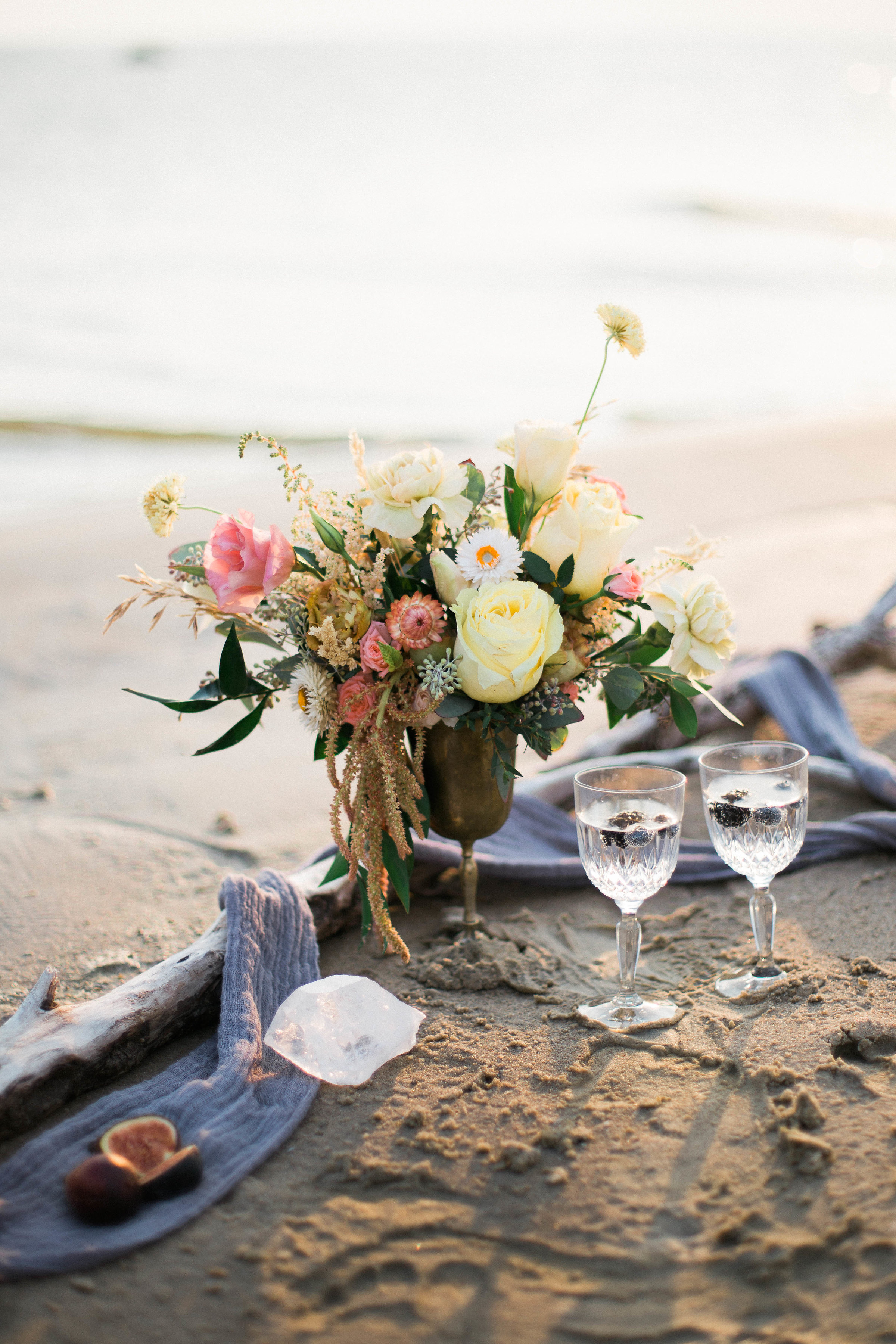 ROMANTIC GRAND BEACH COUPLES SESSION