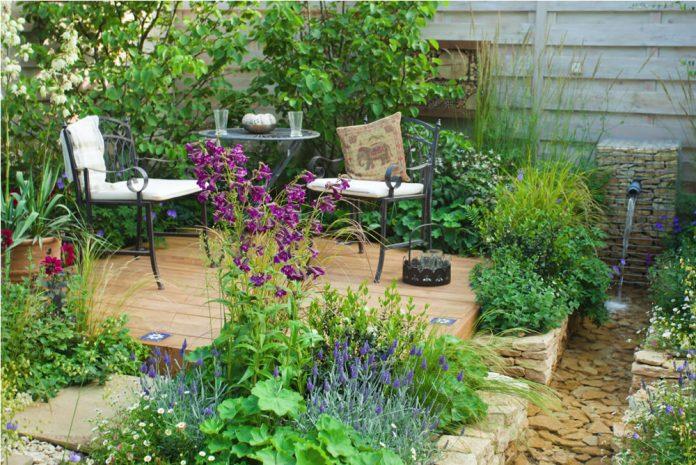 garden-696x465.jpg