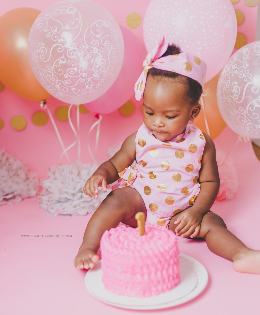 Charlotte Baby Cake Smash - One Year Birthday-11.jpg