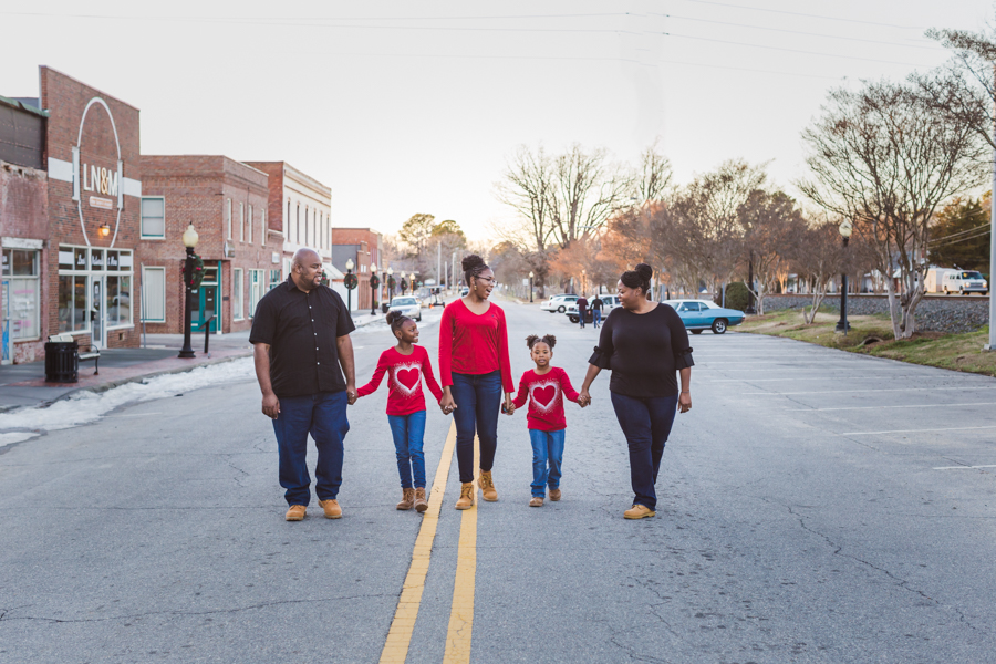 This photo was taken about 30 minutes before the sun went down, which allowed the lighting to be nice and soft for this family photo.