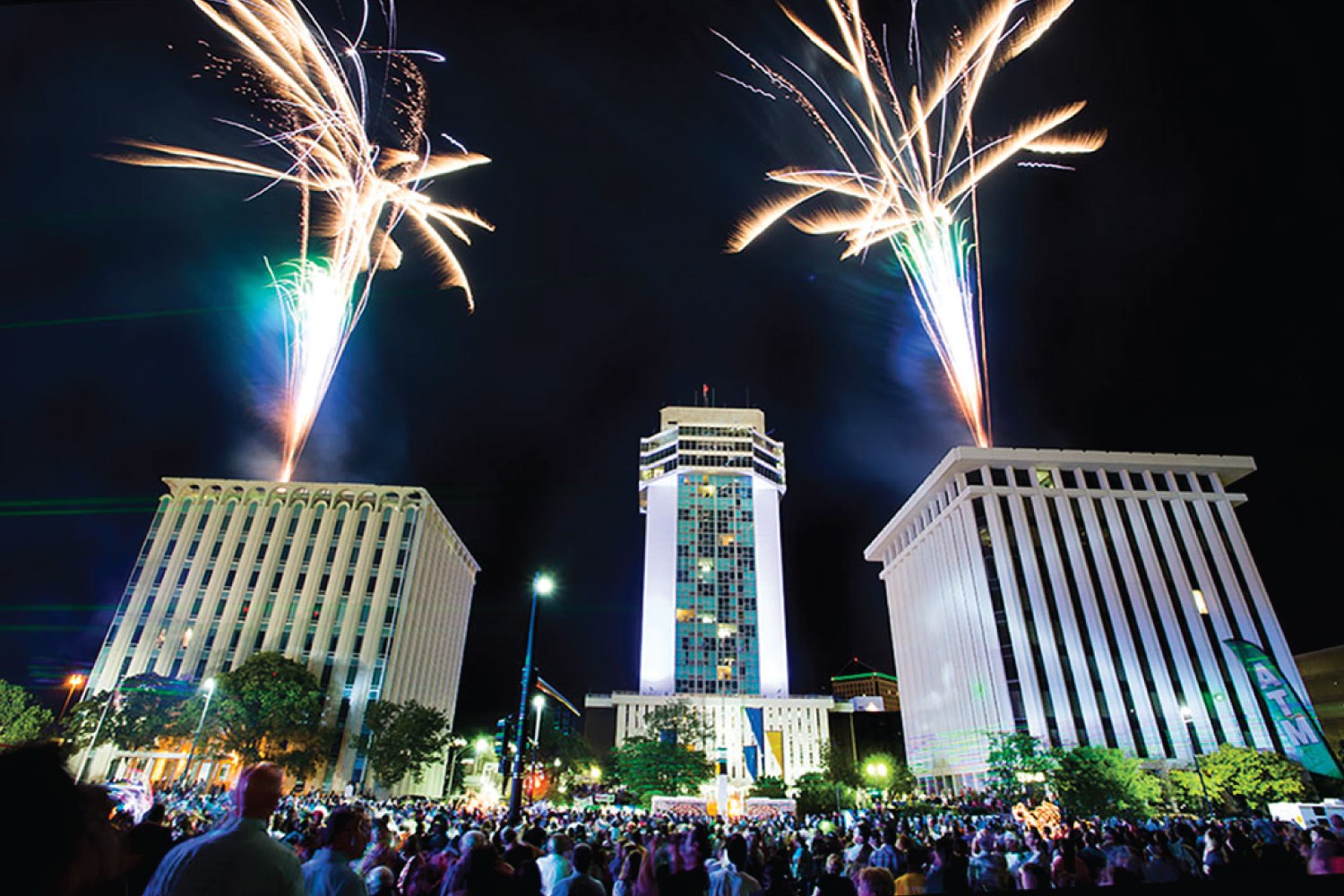 WICHITA RIVERFEST FIREWORKS