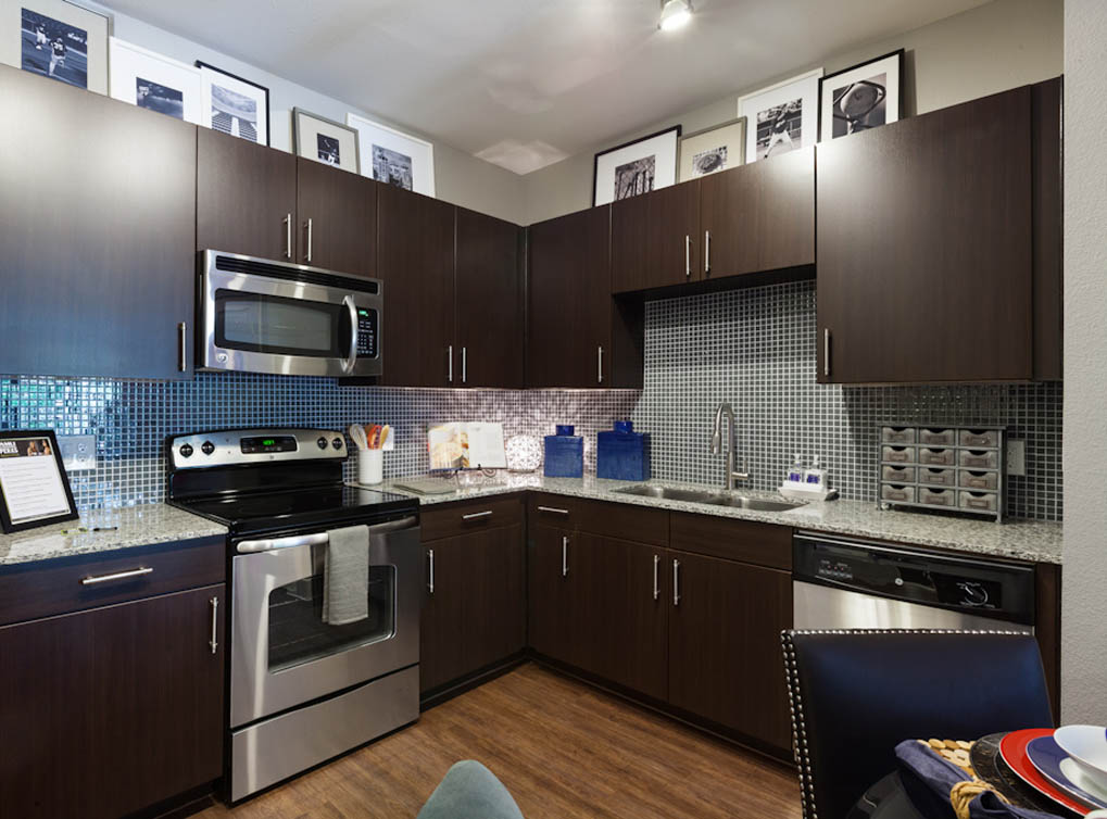 EXPRESSO CABINETRY