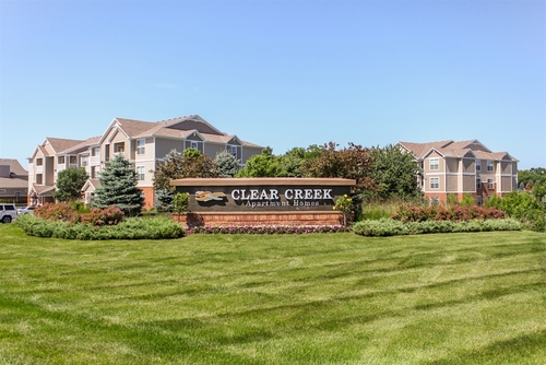 CLEAR CREEK APARTMENTS - OVERLAND PARK