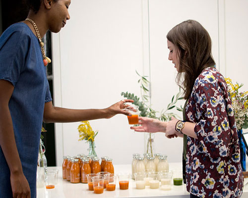 Healthy smoothie demonstration at employee wellbeing day.jpg