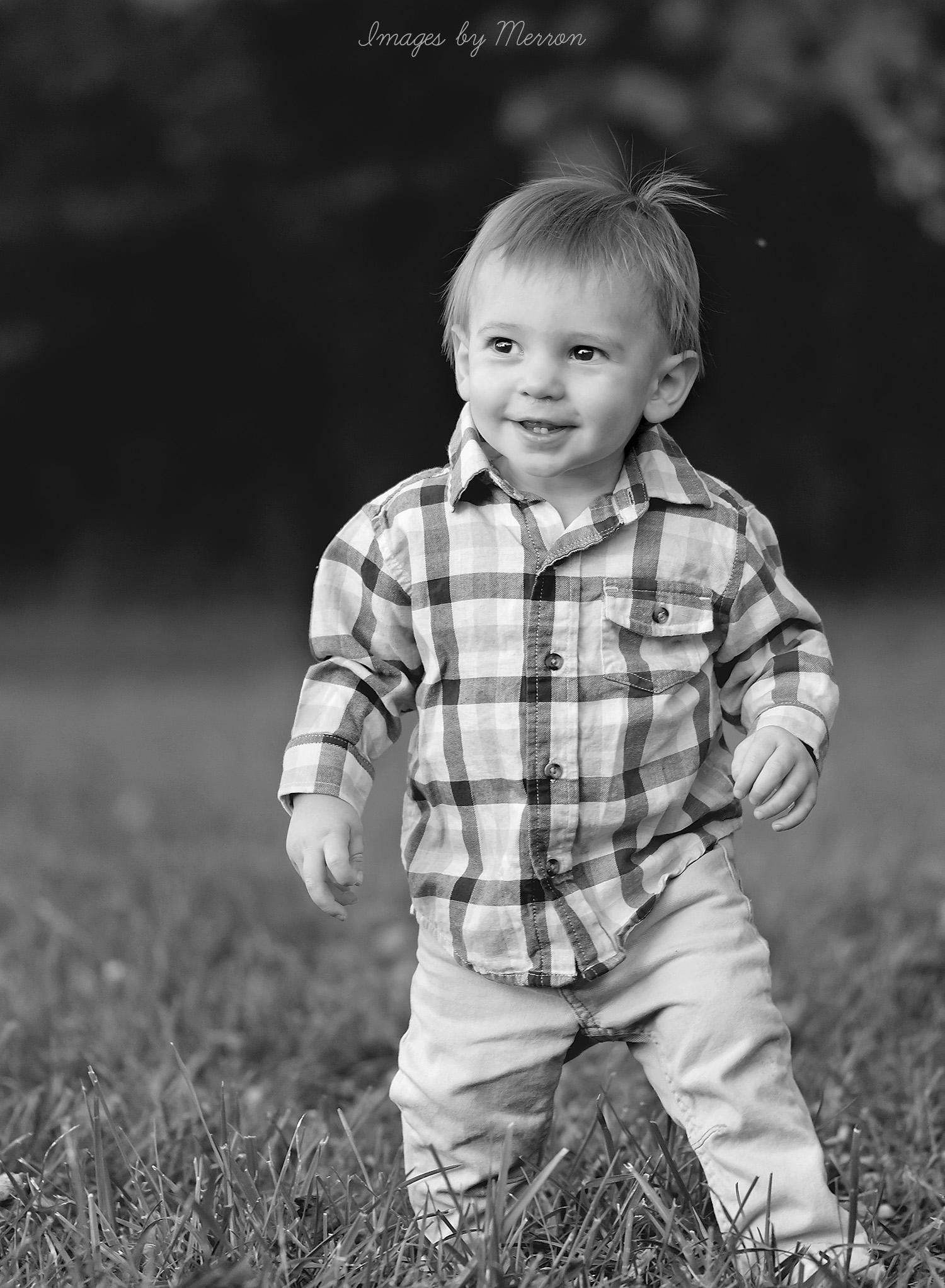 Black & White Photograph of Toddler in Ankeny, Iowa