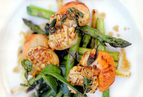scallops-asparagus.jpg