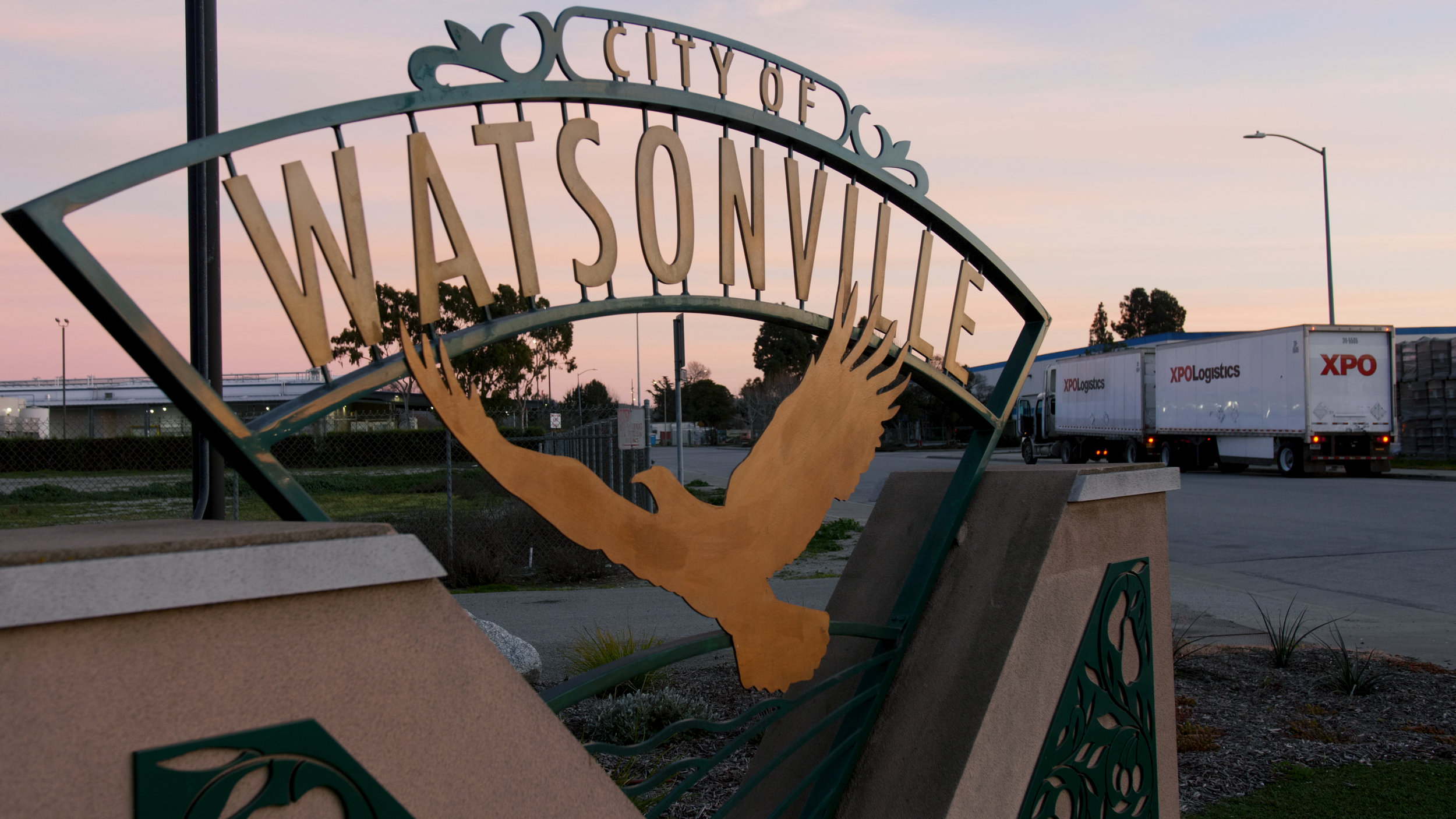 Watsonville Sign 2.jpg