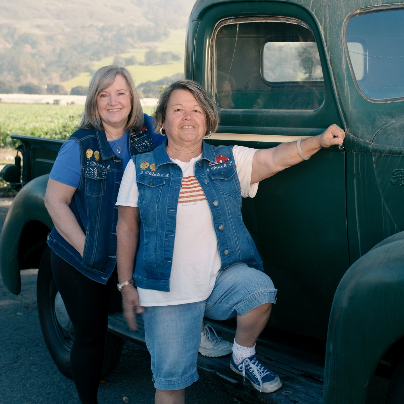 Two Chicks and a Truck - Reality Tv | Crafts