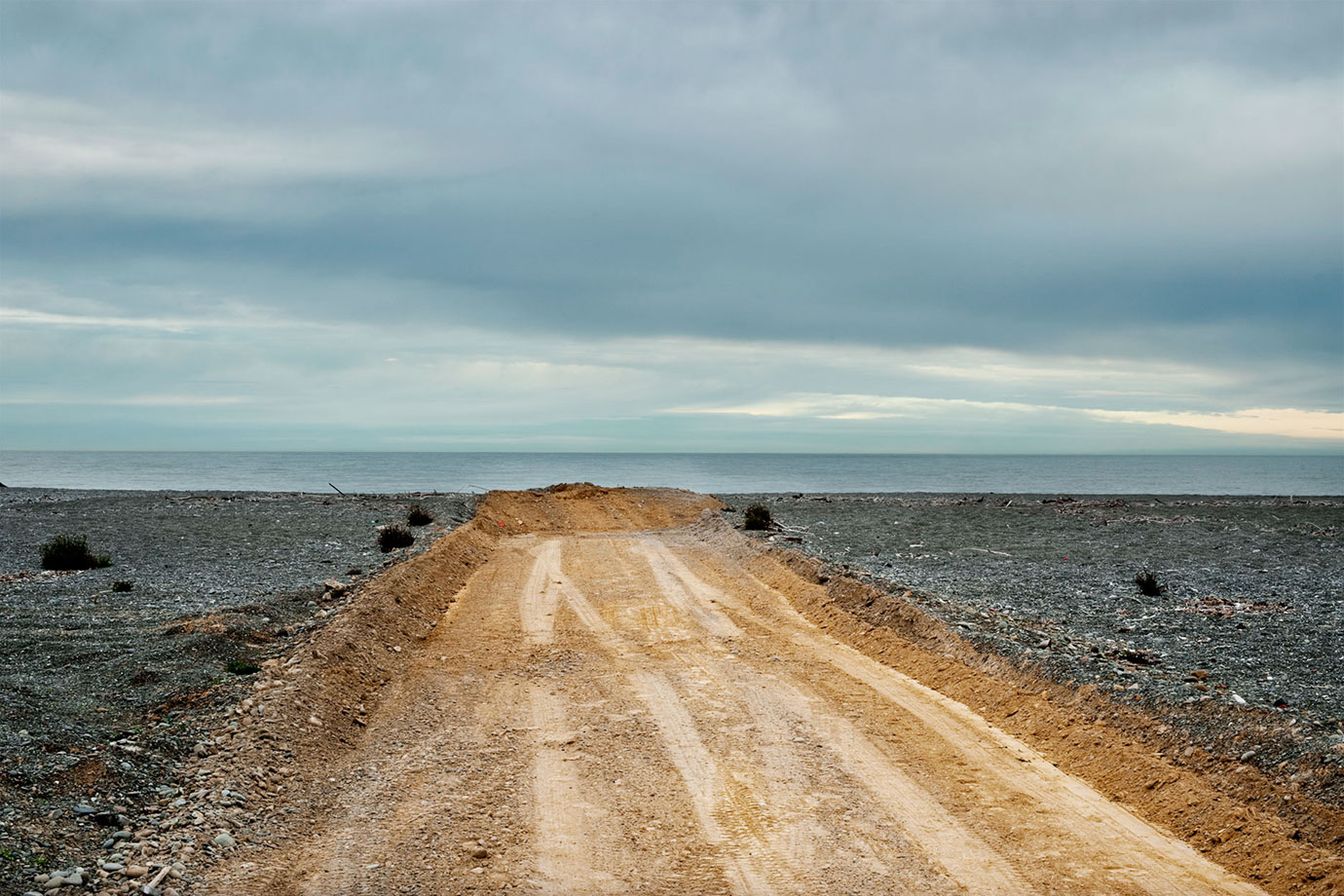 Oamaru-Track-2010-Bruce-Foster.jpg