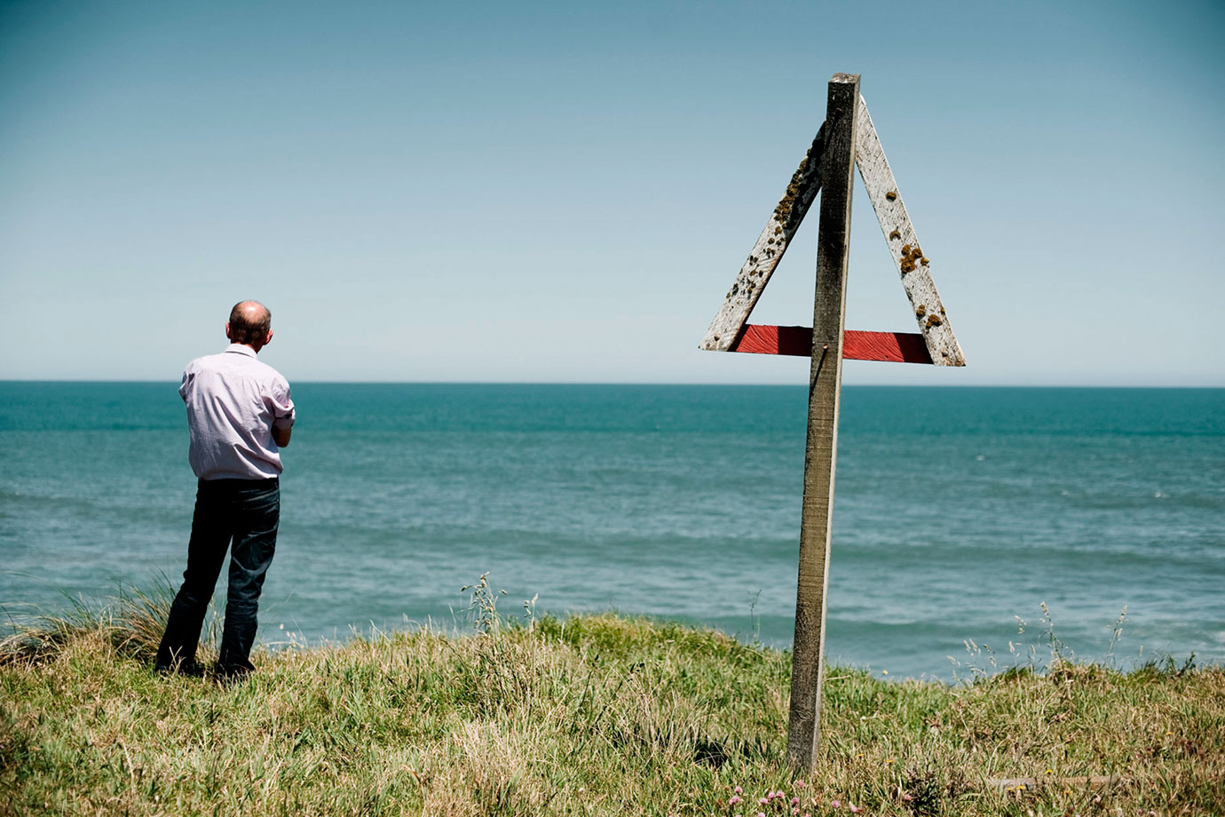 Ohawe,-Man-standing,-2011-Bruce-Foster.jpg