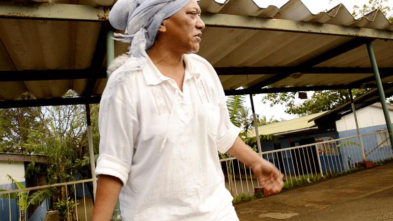 Madam Piru, Hanga Roa, 2012