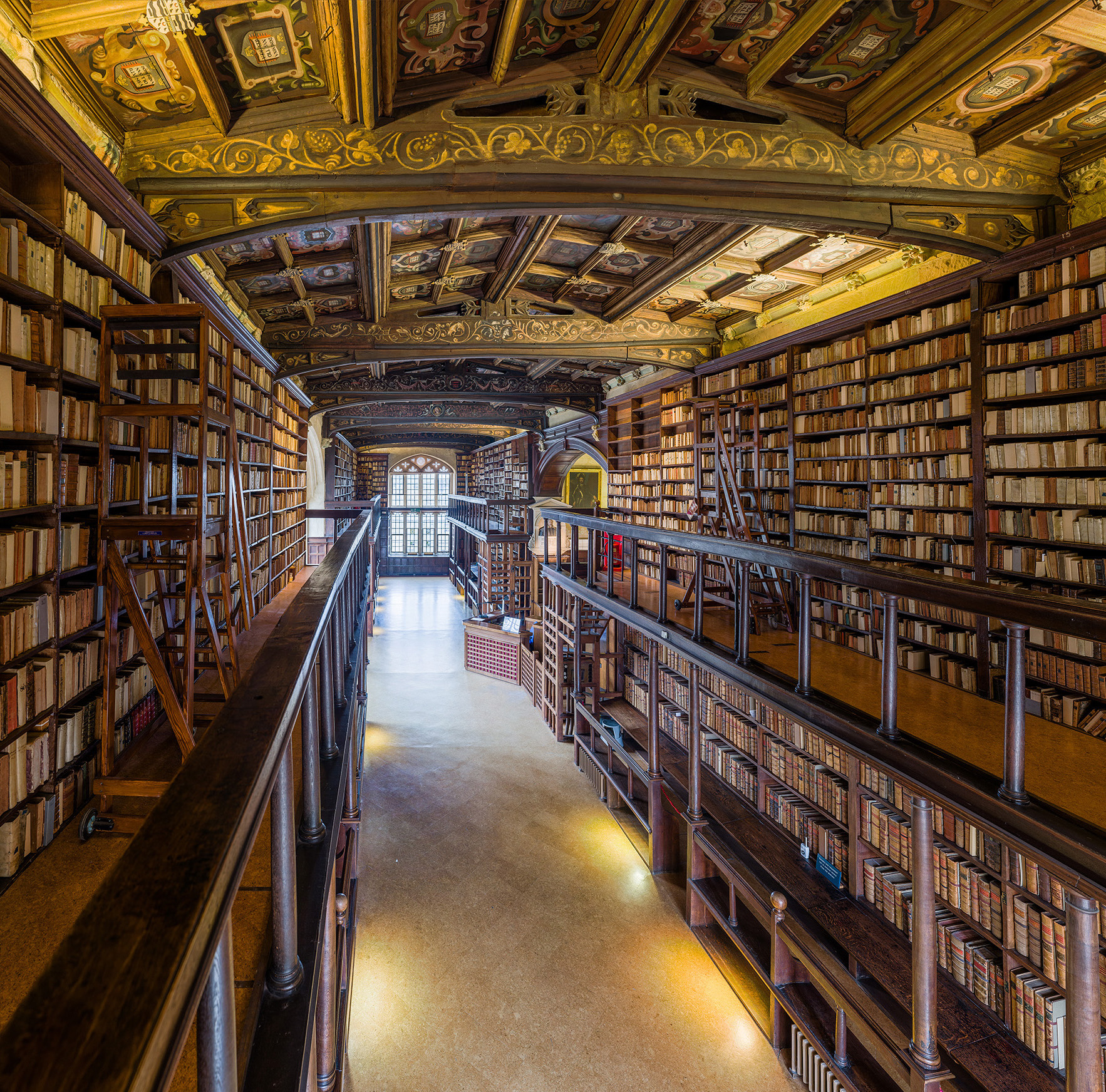 Duke_Humfrey's_Library_Interior_5,_Bodleian_Library,_Oxford,_UK_-_Diliff.jpg