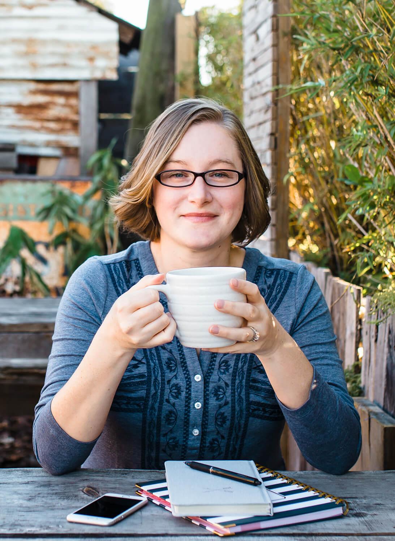 Leesa Dykstra Designs - Meet Leesa Dykstra.jpg