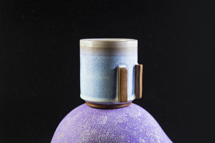 External Glaze: Rutile Blue/White