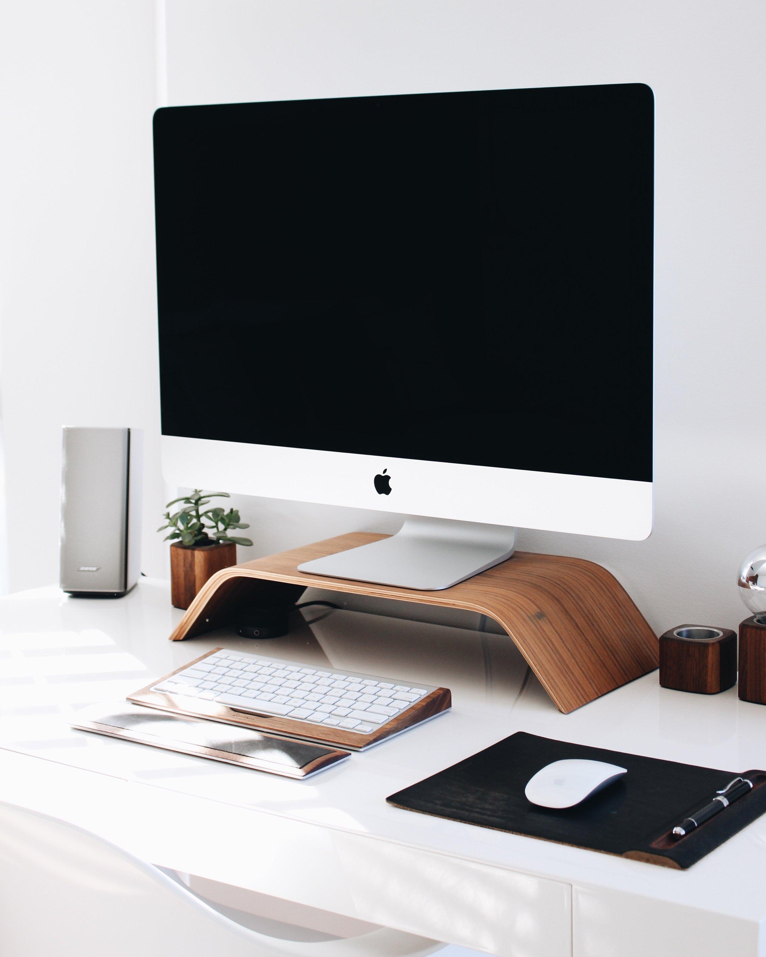 Design Service - Professionelle Designleistungen für dein Unternehmen.- Webdesign- Webshop- Logodesign und Branding- Drucksachen- UX Design- UX Research- Digitale Tools für dein Unternehmen