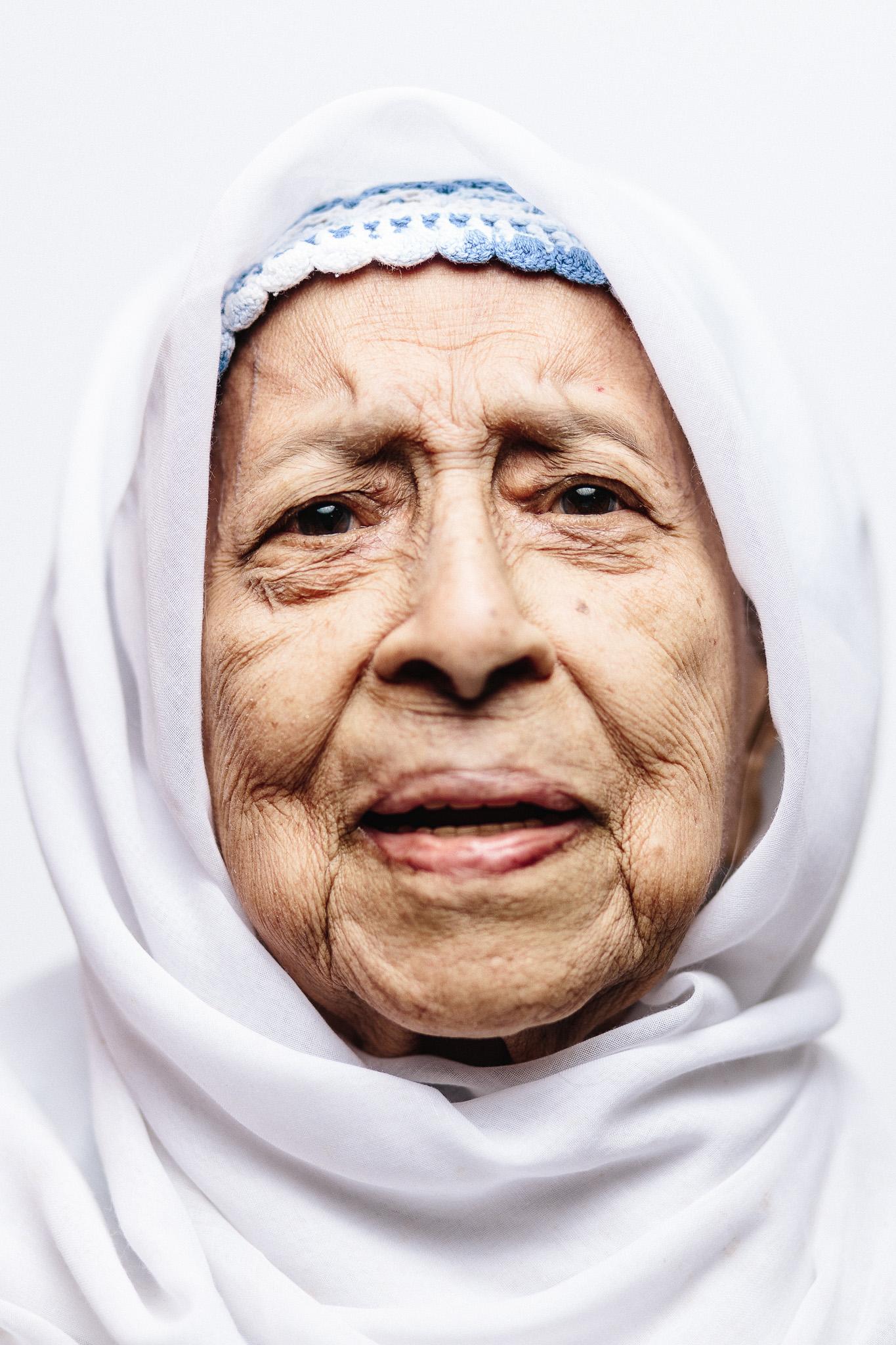 zainal-zainal-studio-centenarians-care-duke-nus-singapore-photographer-01.jpg