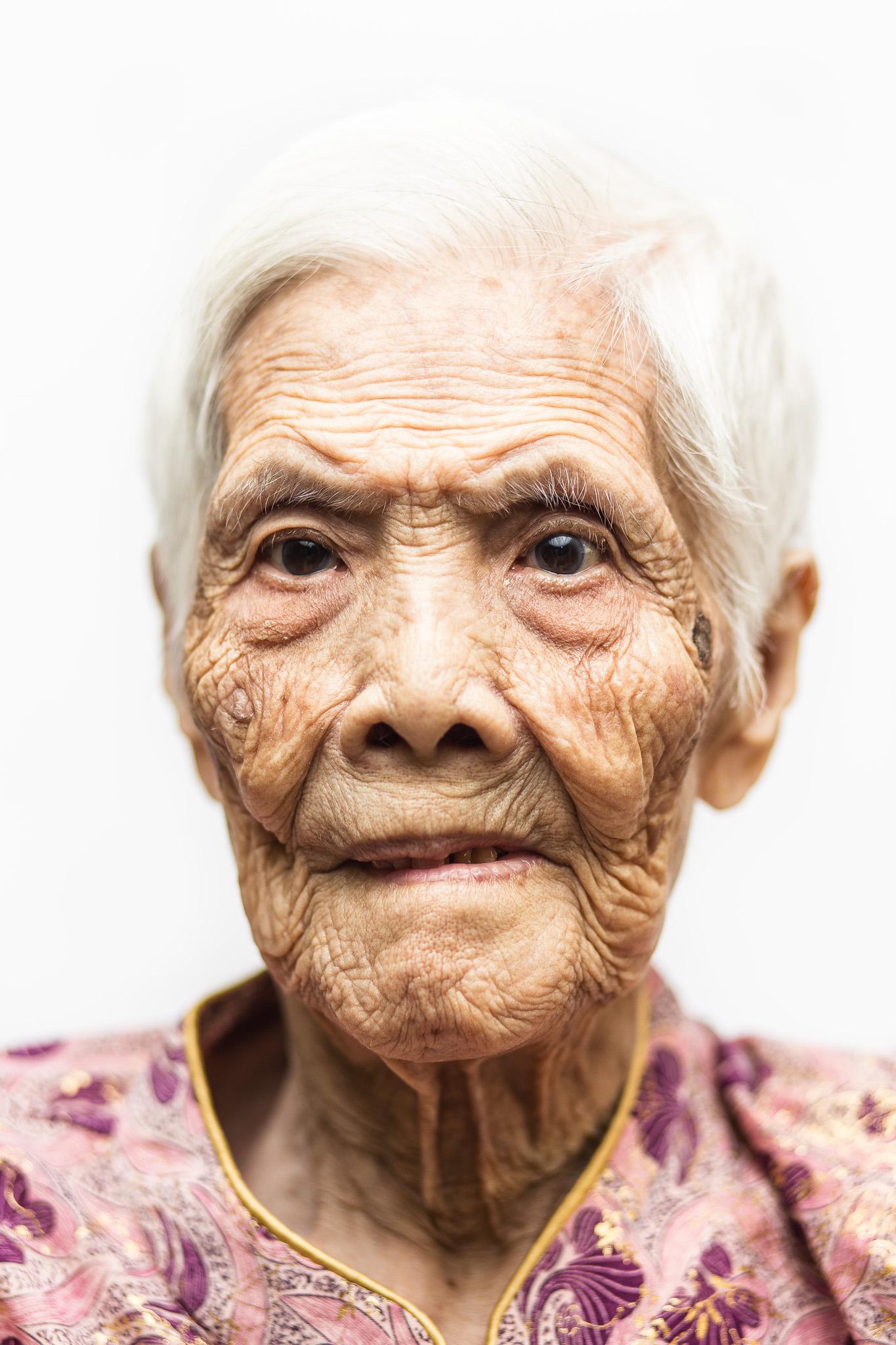 zainal-zainal-studio-centenarians-care-duke-nus-singapore-photographer-15.jpg