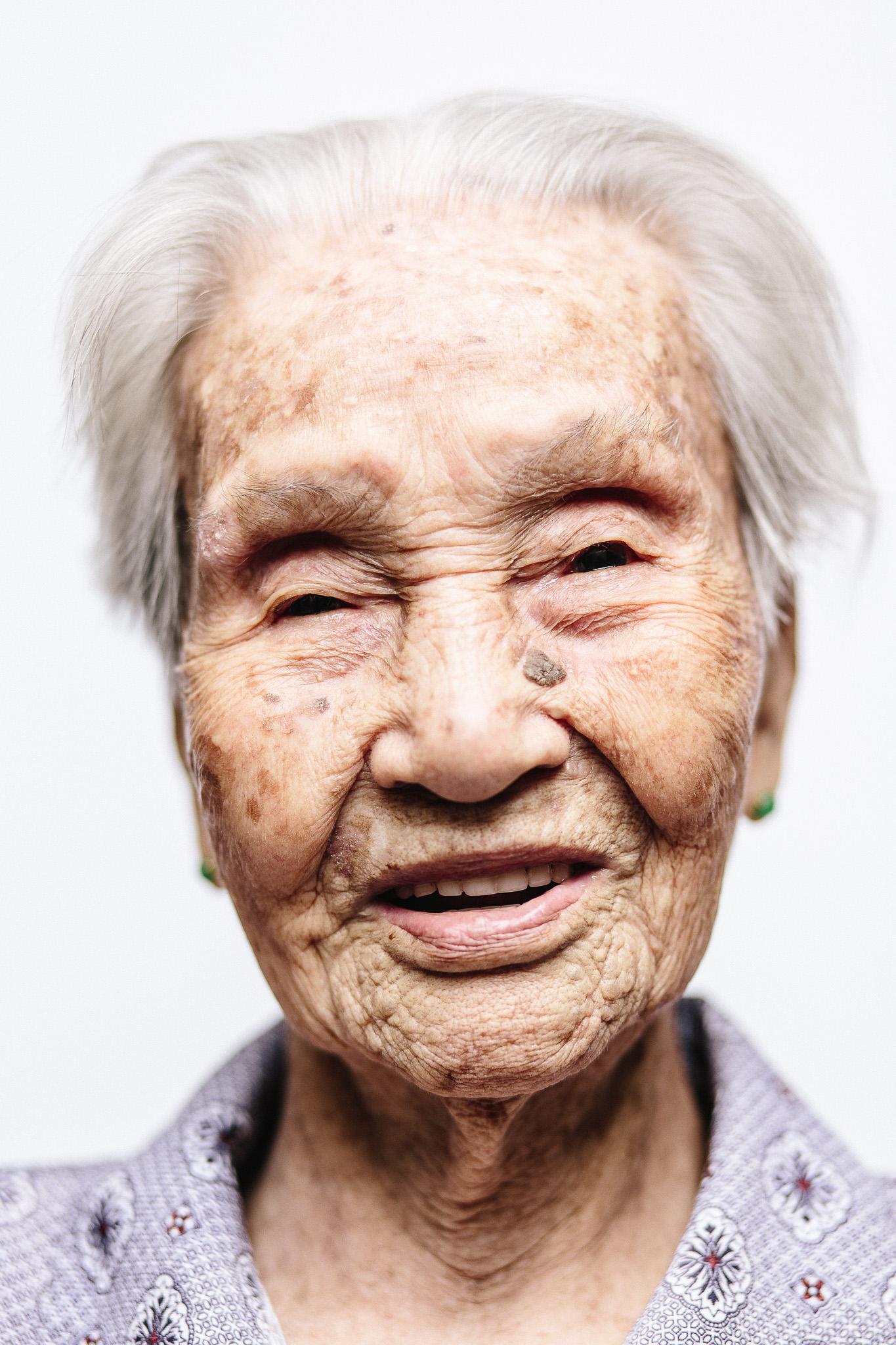 zainal-zainal-studio-centenarians-care-duke-nus-singapore-photographer-19.jpg