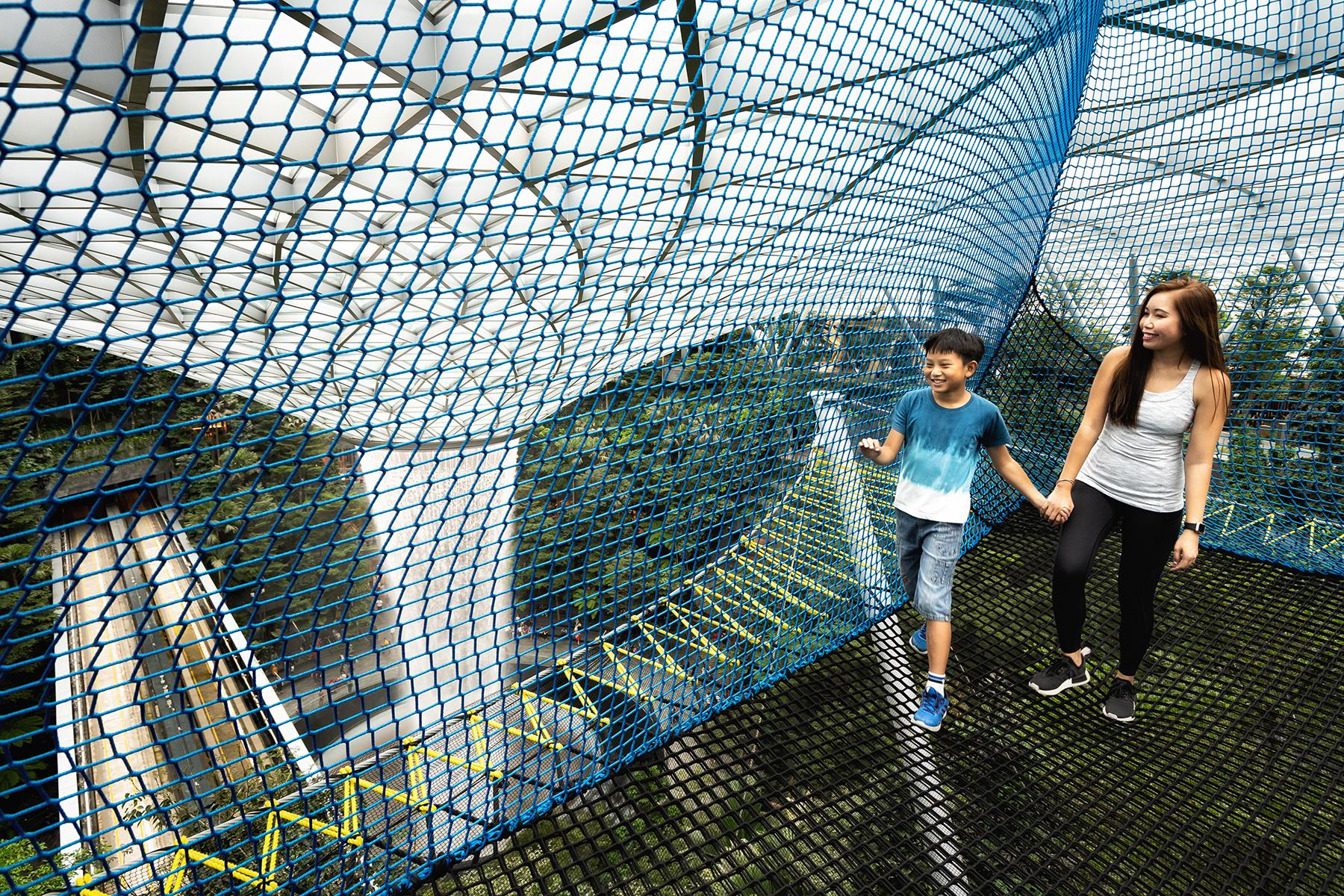 singapore-photographer-manulife-jewel-skynets-05.jpg