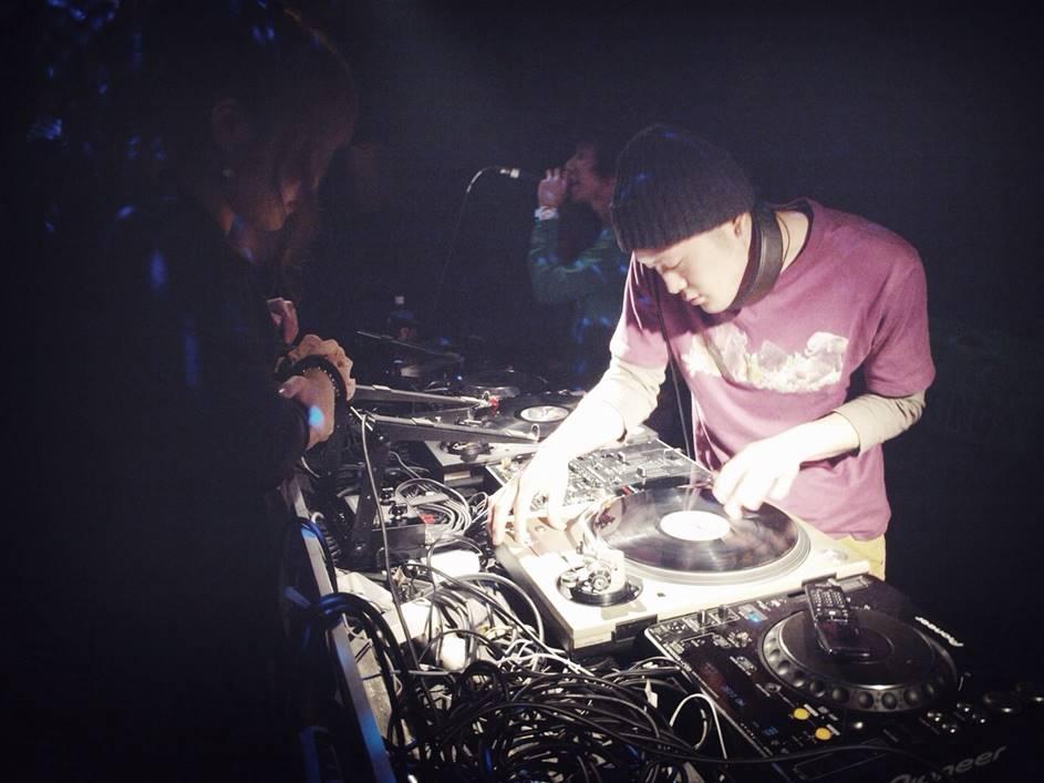 DJ TAG.jpg