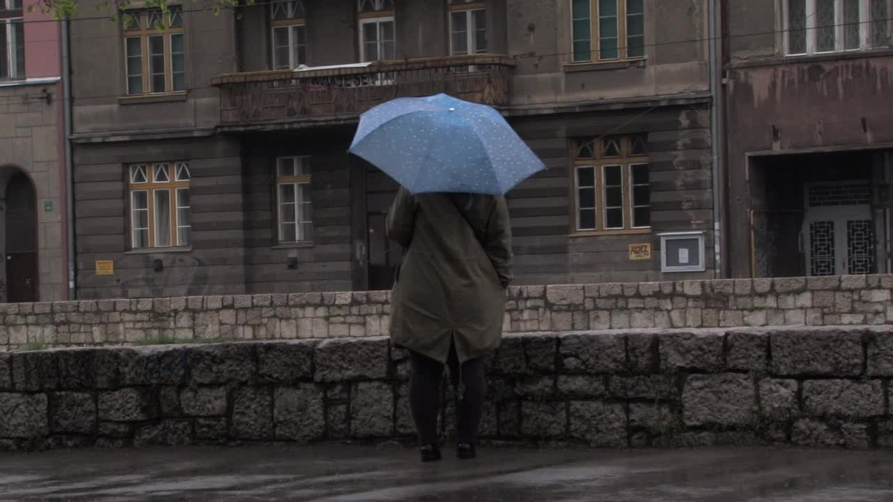 FILMSTILL_A Rainy Day In Sarajevo 01.jpg