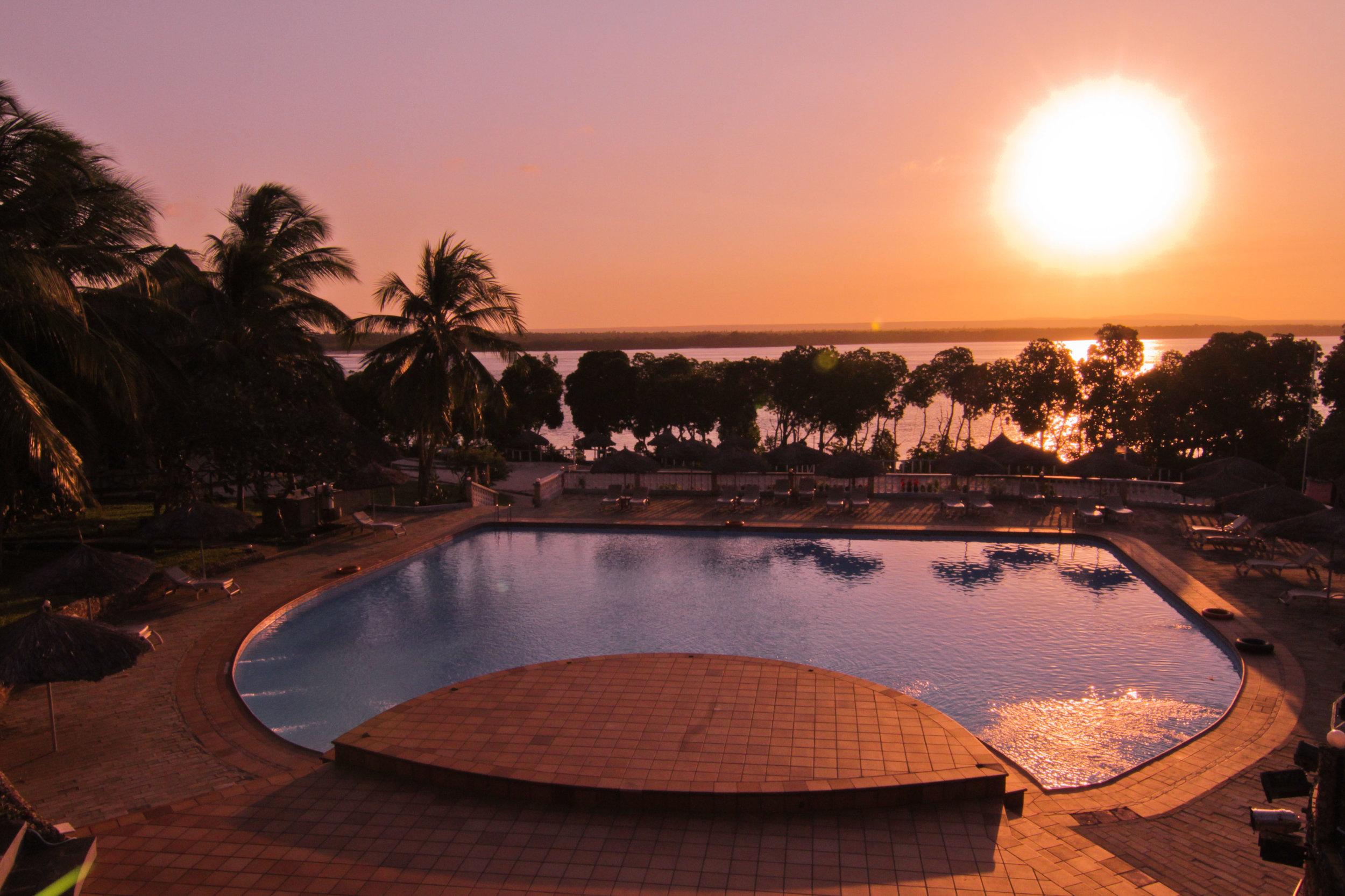 Sunset-Pool-7913.jpg