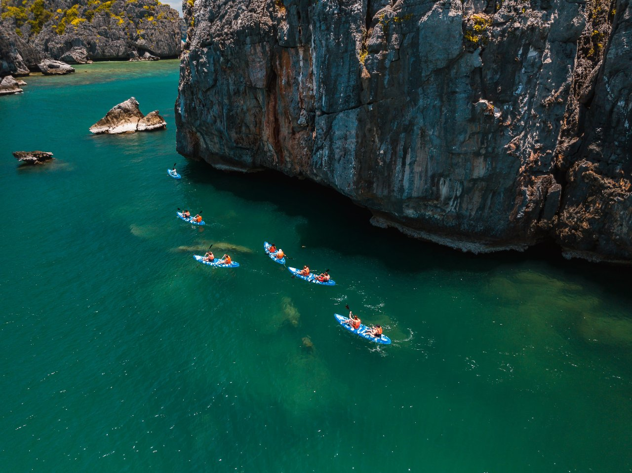 Adventure travel trips for solo travellers Thailand