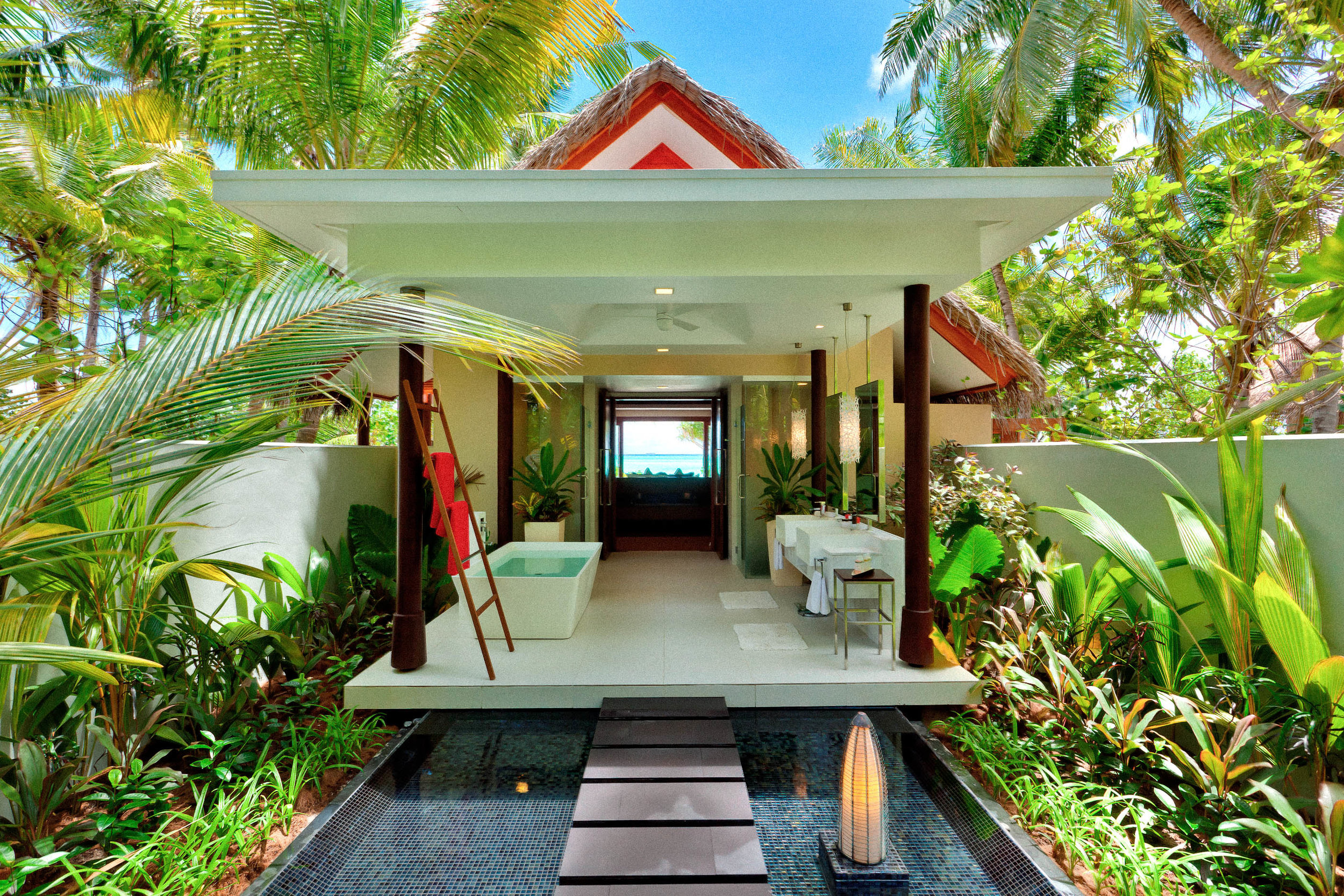 Beach Villa_Bathroom.jpg